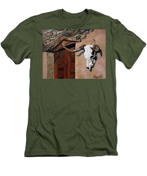 Skull En La Casa Men's T-Shirt (Athletic Fit)