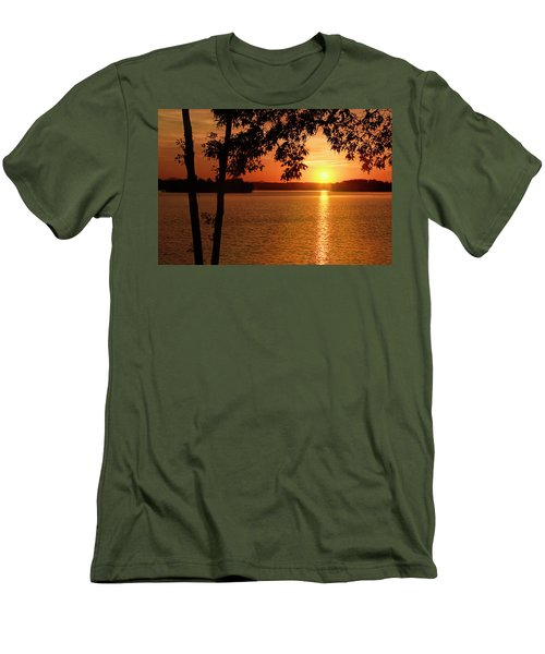 Smith Mountain Lake Silhouette Sunset Men's T-Shirt (Athletic Fit)