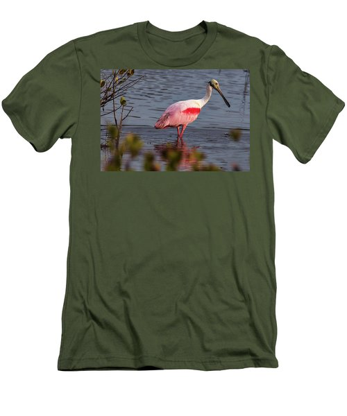 Spoonbill Fishing Men's T-Shirt (Athletic Fit)
