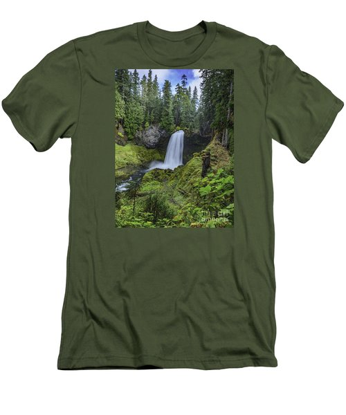 Sahalie Falls,oregon Men's T-Shirt (Slim Fit) by Nancy Marie Ricketts
