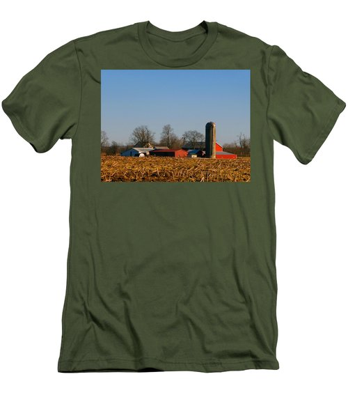 Standing Still Patiently Waiting Men's T-Shirt (Slim Fit) by Tina M Wenger