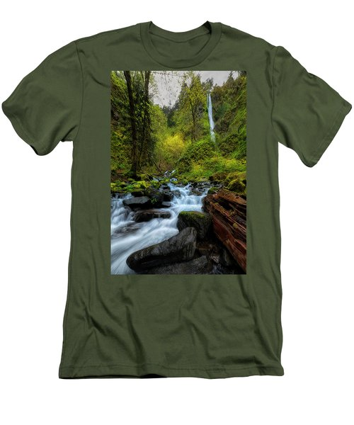 Men's T-Shirt (Slim Fit) featuring the photograph Starvation Creek And Falls by Ryan Manuel