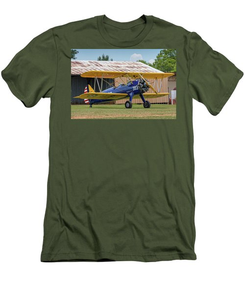Stearman And Old Hangar Men's T-Shirt (Athletic Fit)