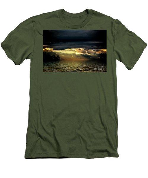 Storm 4 Men's T-Shirt (Slim Fit) by Elaine Hunter