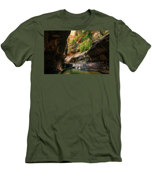 Subway Canyon Men's T-Shirt (Athletic Fit)