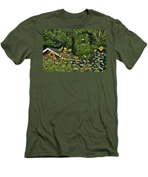 Sunflowers At The Good Earth Market Men's T-Shirt (Athletic Fit)