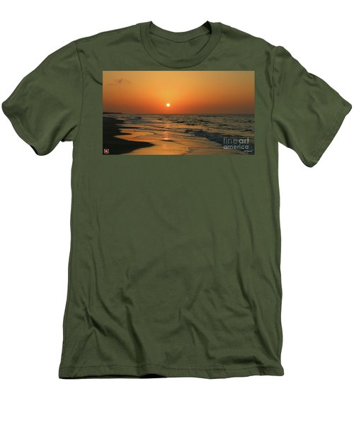 Sunrise Mexico Beach 3 Men's T-Shirt (Athletic Fit)