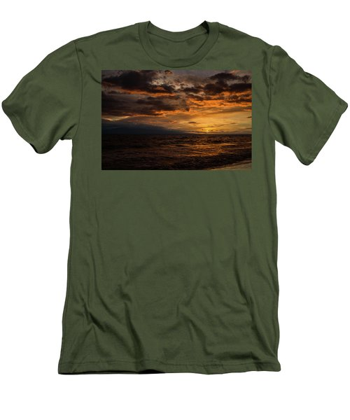 Men's T-Shirt (Slim Fit) featuring the photograph Sunset Over Hawaii by Chris McKenna
