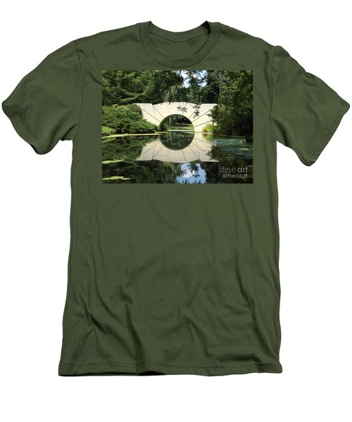 Sunshine Bridge 7 Men's T-Shirt (Athletic Fit)