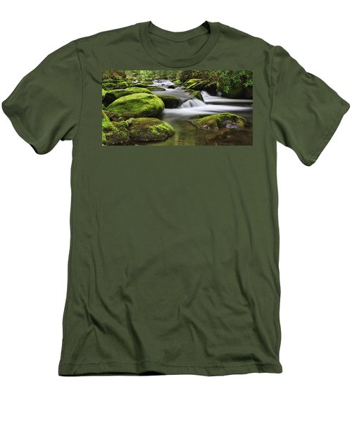 Surrounded In Green Men's T-Shirt (Athletic Fit)