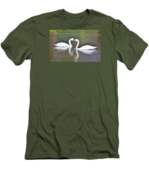 Swan Love Men's T-Shirt (Athletic Fit)