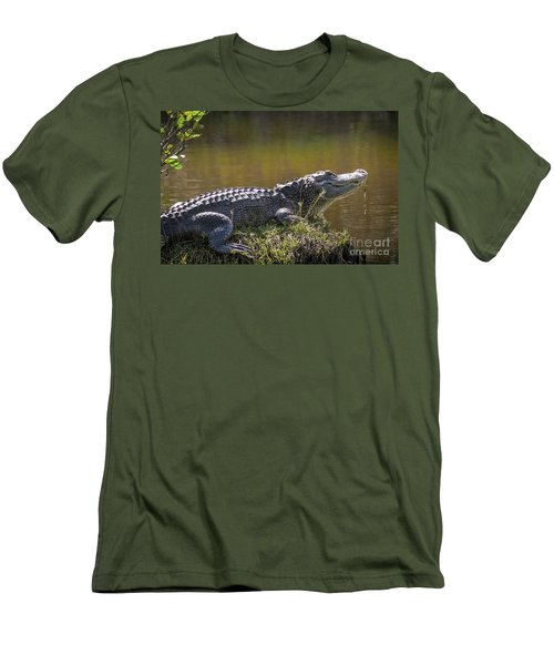 Taking In The Sun Men's T-Shirt (Athletic Fit)