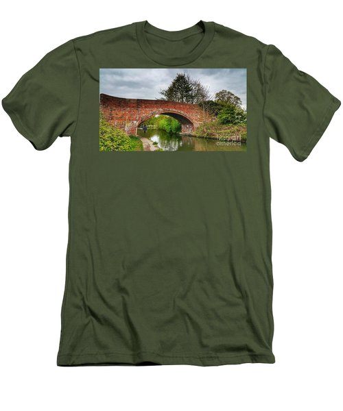 The Bridge Men's T-Shirt (Slim Fit)