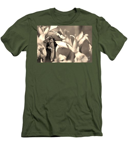 The Butterfly Men's T-Shirt (Athletic Fit)