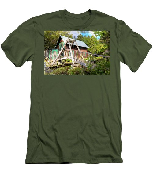Men's T-Shirt (Athletic Fit) featuring the photograph The Footbridge At Palmer Point by David Patterson