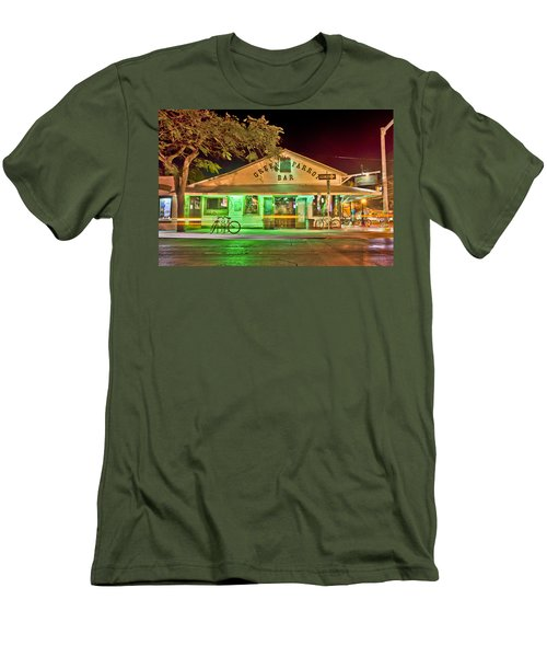 The Greeen Parrot Men's T-Shirt (Athletic Fit)