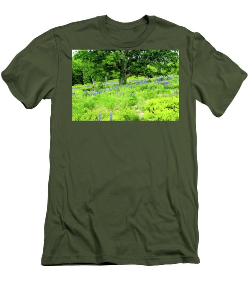 The Protector Men's T-Shirt (Slim Fit) by Greg Fortier