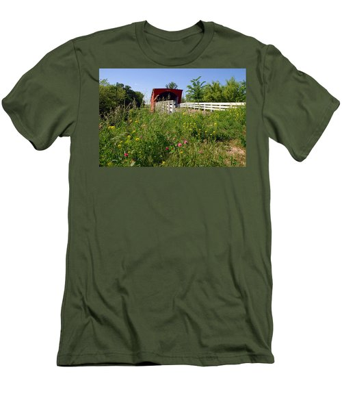 The Roseman Bridge In Madison County Iowa Men's T-Shirt (Athletic Fit)