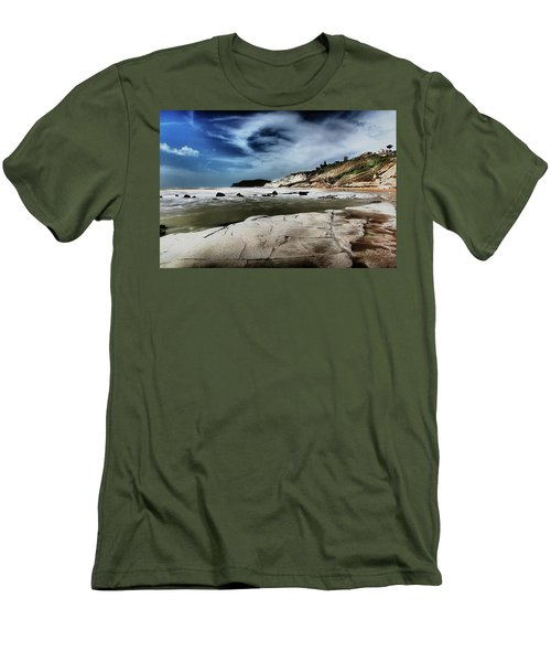 The Scala Dei Turchi II Men's T-Shirt (Athletic Fit)