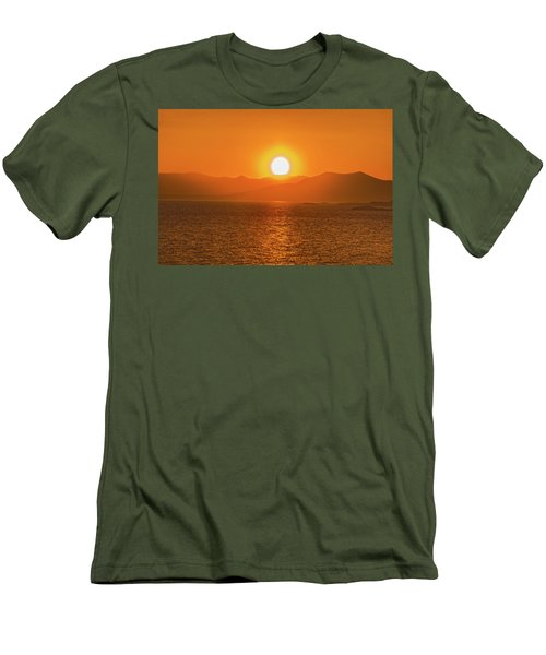 The Smoke From A Forest Fire Gave Us This Tangerine Sky Over 11-mile Reservoir State Park, Colorado. Men's T-Shirt (Athletic Fit)