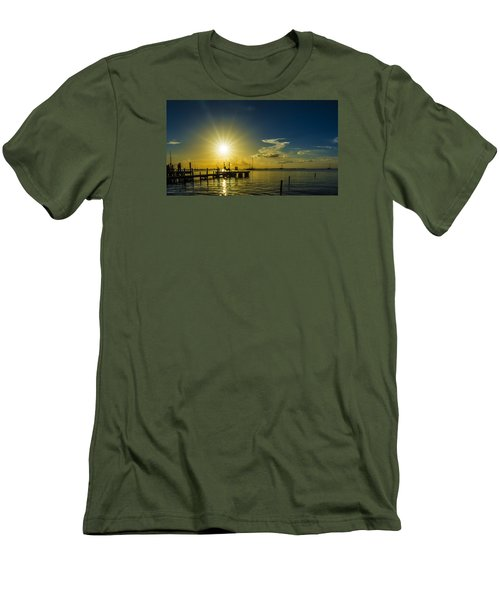 The View Men's T-Shirt (Slim Fit) by Kevin Cable