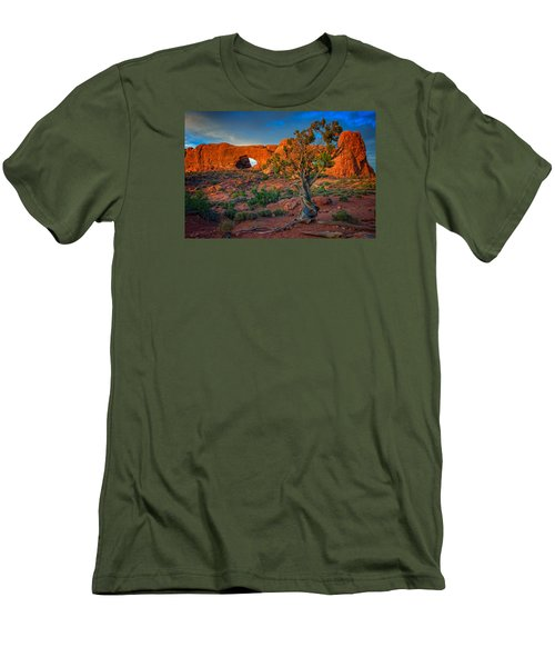 The Windows Men's T-Shirt (Athletic Fit)