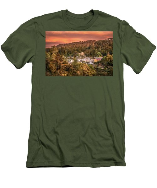 Thermal Village Rotorua Men's T-Shirt (Athletic Fit)