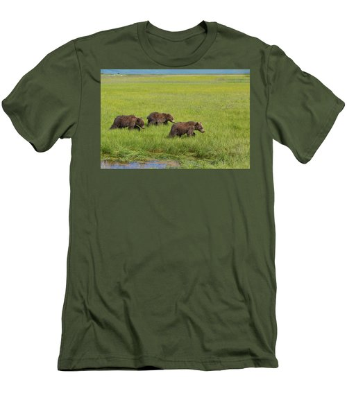 Three Cubs Moving On Men's T-Shirt (Athletic Fit)