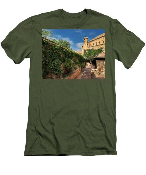 Toledo Courtyard Men's T-Shirt (Athletic Fit)