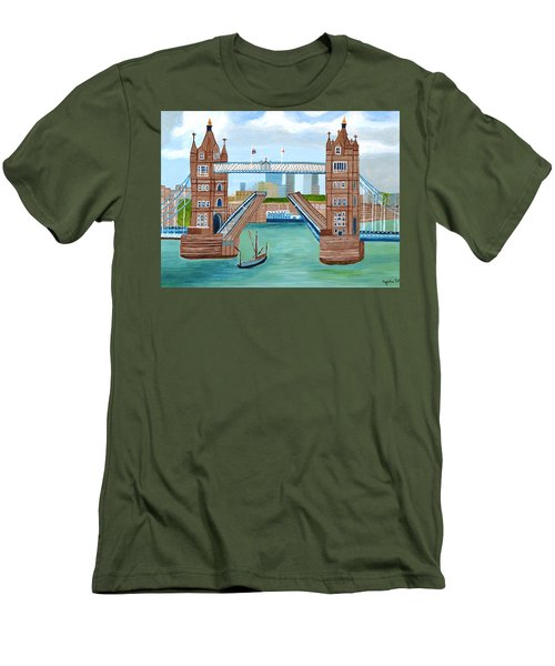 Tower Bridge London Men's T-Shirt (Athletic Fit)