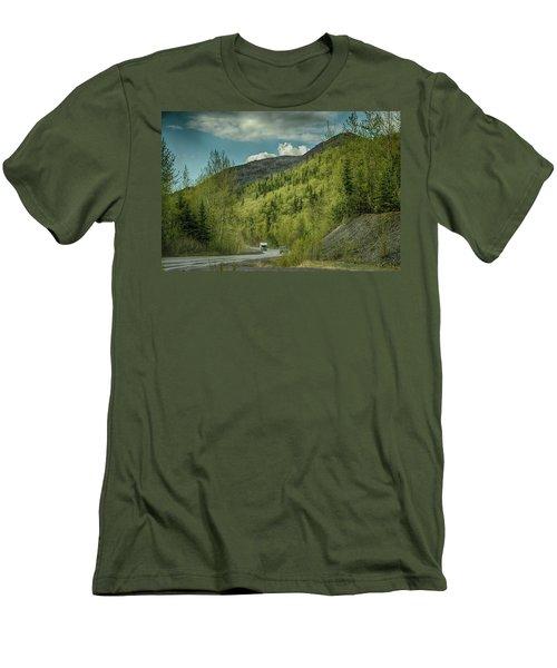 Traveling Alaska   Men's T-Shirt (Athletic Fit)
