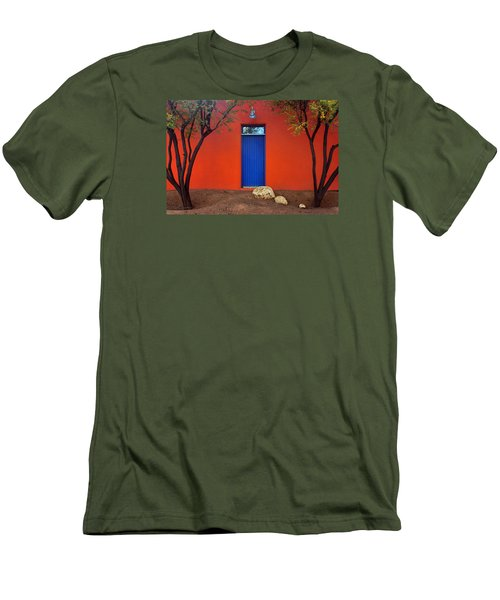 Trees And Door - Barrio Historico - Tucson Men's T-Shirt (Athletic Fit)
