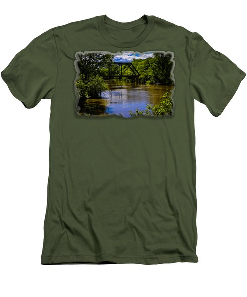 Trestle Over River Men's T-Shirt (Slim Fit)