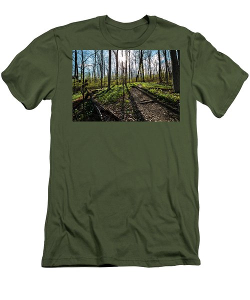 Trillium Trail Men's T-Shirt (Athletic Fit)