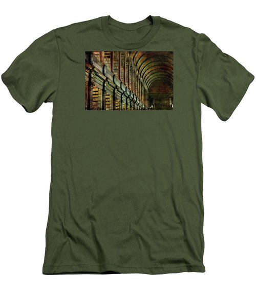 Trinity College Library Men's T-Shirt (Slim Fit)