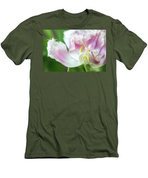 Tulip Leaving Men's T-Shirt (Athletic Fit)