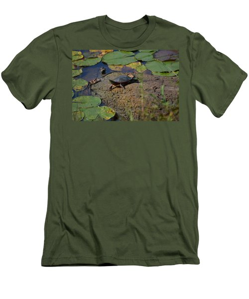 Turtle And Lily's Men's T-Shirt (Athletic Fit)
