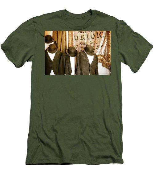 Union Vintage Clothing Men's T-Shirt (Slim Fit) by Steven Bateson