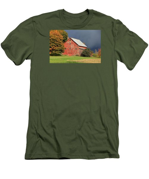 Vermont Farm Men's T-Shirt (Athletic Fit)