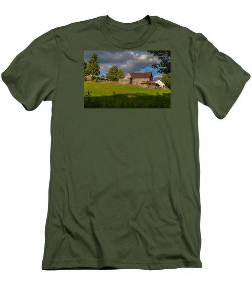 Vermont Hilltop Farm Men's T-Shirt (Athletic Fit)