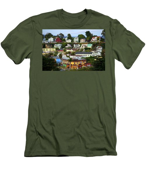 Village View  Sig Men's T-Shirt (Athletic Fit)
