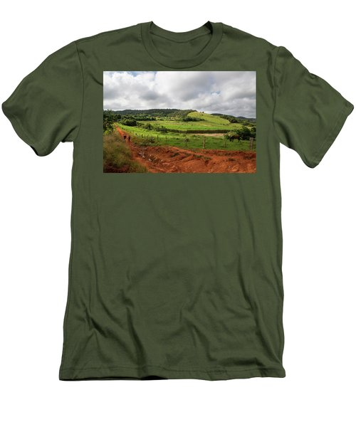 Vinales Valley Men's T-Shirt (Athletic Fit)