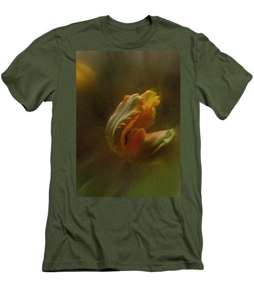 Vintage Tulip March 2017 Men's T-Shirt (Slim Fit) by Richard Cummings