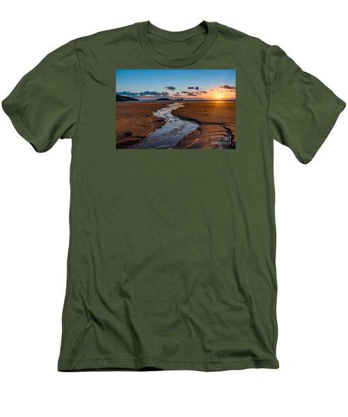 Wales Gower Coast Men's T-Shirt (Athletic Fit)