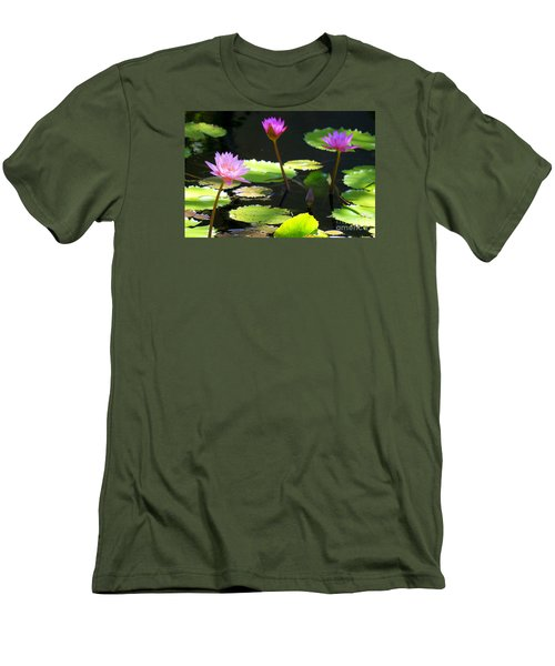 Water Lily 5 Men's T-Shirt (Athletic Fit)