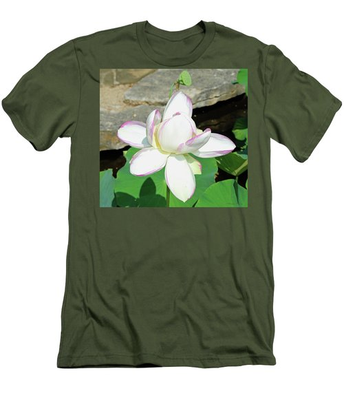 Water Lotus Men's T-Shirt (Athletic Fit)