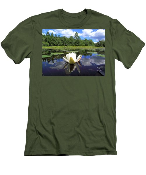 White Waterlily On A Lake Men's T-Shirt (Athletic Fit)
