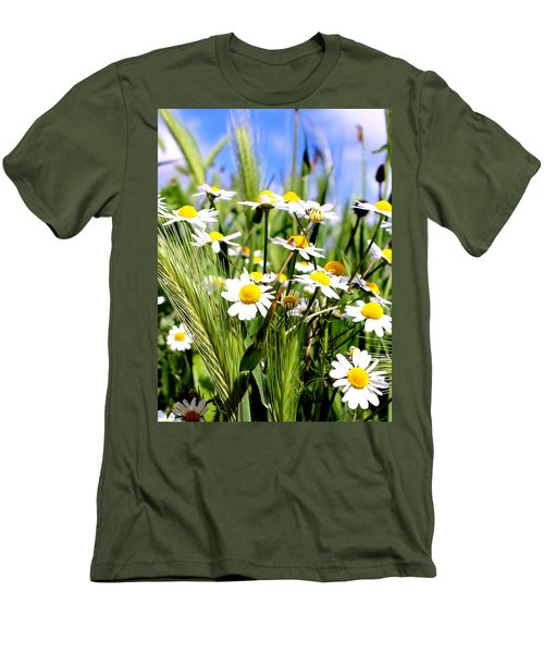 Wild Daisies Men's T-Shirt (Athletic Fit)