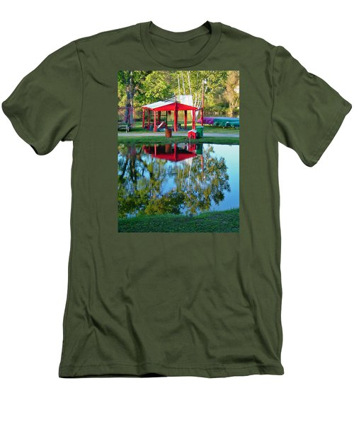 Wilderness Canoe Men's T-Shirt (Athletic Fit)