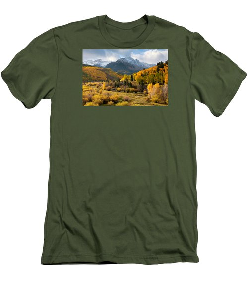 Willow Swamp Men's T-Shirt (Athletic Fit)